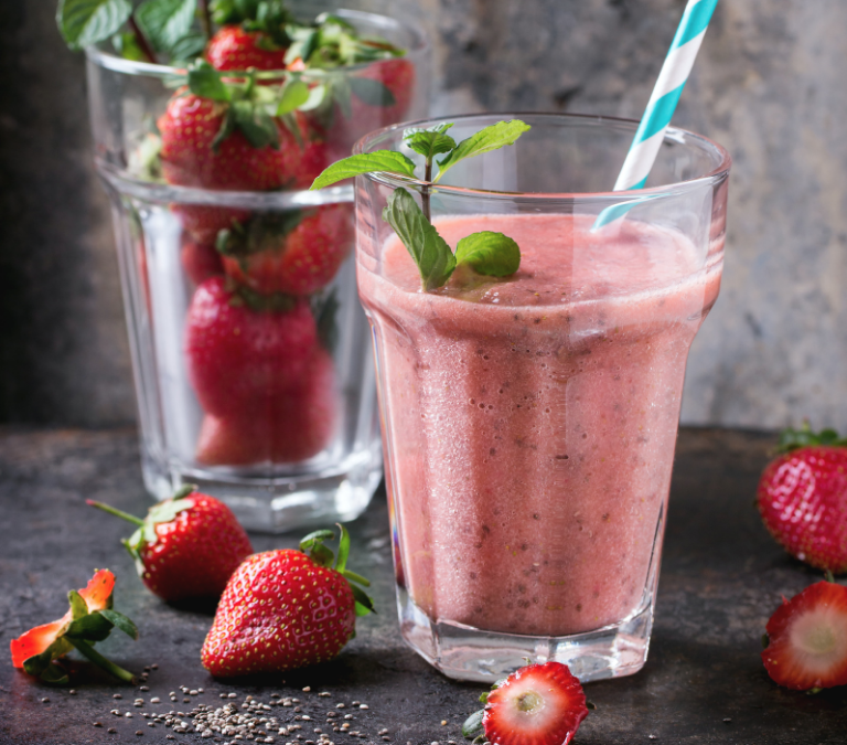 STAWBERRY COLLAGEN SMOOTHIE