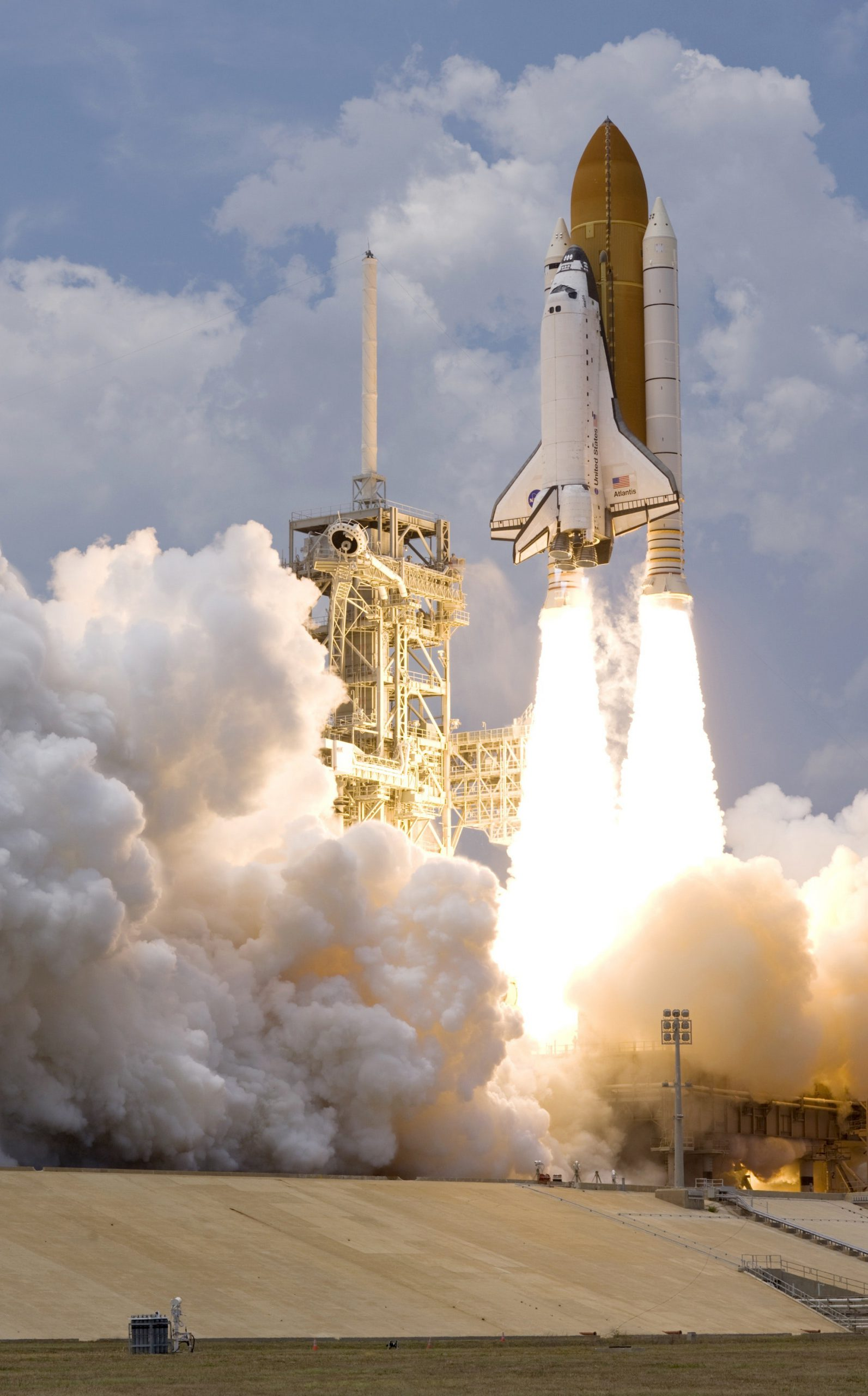 Speedy Space shuttle with boosters